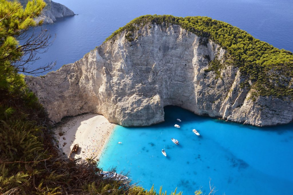 The wonderful Zakynthos island in Greece is a travelers beach paradise